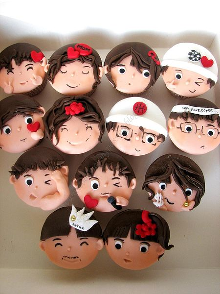 cupcake faces - original ohoto